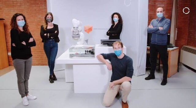 A team of the Scuola Superiore Sant'Anna, Italy, won the prestigious International  KUKA Innovation Award 2020 on the TERRINet platform Da Vinci Research Kit (DVRK)